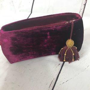 NWOT Shiraleah Crushed Velvet Cosmetic Bag